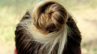 jak szybko upiąć włosy